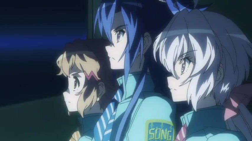[Anime do Mês] - Senki Zesshou Symphogear 4/5 51