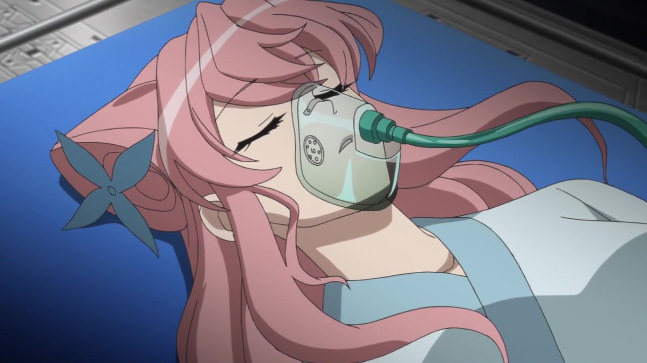 [Anime do Mês] - Senki Zesshou Symphogear 4/5 10